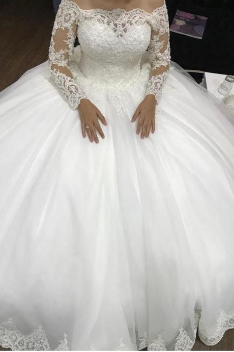 Button Back Court Train Lace Wedding Dresses,Long Sleeves Ball Gowns Boat Neck Bridal Dresses,White Wedding Dresses 2018